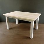 アンティーク調に仕上げた木製ミニテーブル☆