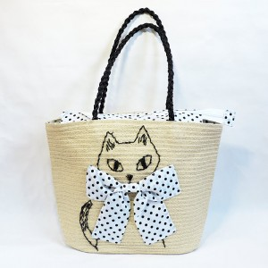 手刺繍の猫が可愛らしい♪ 夏素材のショルダーバッグ★