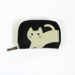 アップリケ刺繍が可愛らしい蛇腹式カードケース★